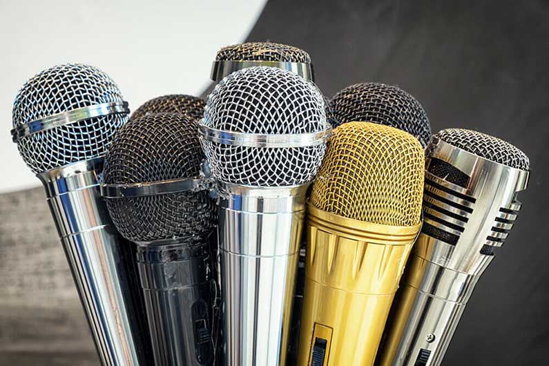 Microphone Selection for Perfect Audio